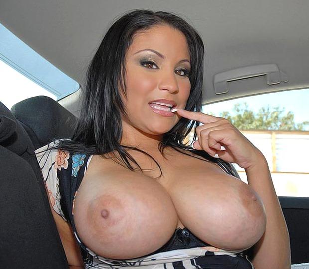 huge_tits